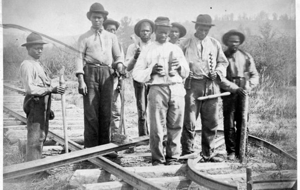 AA Laborers on U.S. Military Railroad in  n VA c. 1862 or 1863, courtesy of railroads.unl.edu.jpg