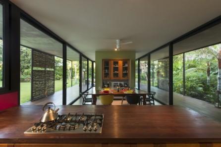 reyes-rios-larrain-arquitectos-casa-itzimna-merida-mexico-designboom-15-818x545