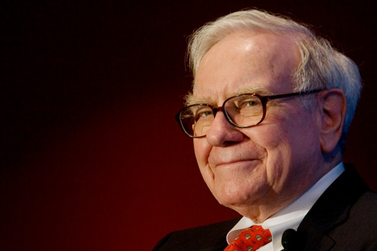 Warren Buffett, chairman of Berkshire Hathaway Inc., speaks during an event marking Business Wire's expansion into Canada in Toronto, Ontario, Canada, on Wednesday, Feb. 6, 2008. Buffett said a credit crunch isn't under way and he forecast that the dollar's value is likely to decline. Photographer: Norm Betts/Bloomberg News