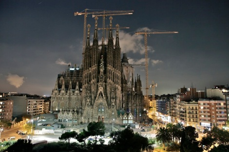 sagrada-familia-terrace-night-view