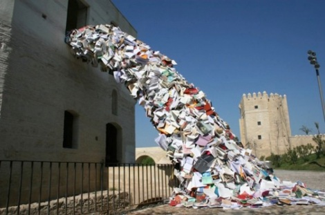 alicia-martin-streaming-book-installation-3-1-565x375