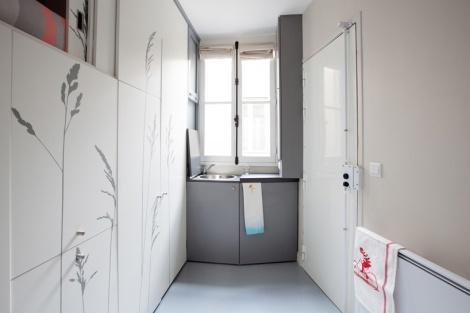 kitoko-studio-8-sqm-tiny-apartment-paris-designboom-01
