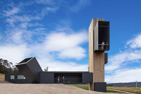 devils-corner-lookout-cellar-door_cumulus-studio_dezeen_936_13-1