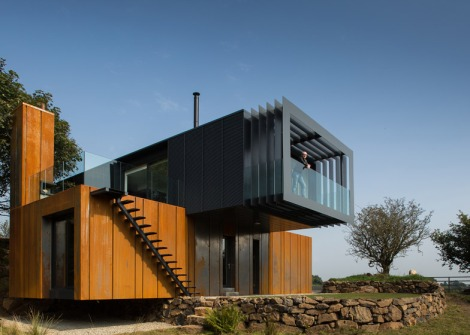 grillagh-water-house-by-patrick-bradley-architects_dezeen_784_5
