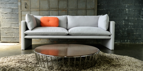 gobi-sofa-in-room-setting