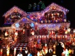 house-decorated-for-christmas-k7alr86p